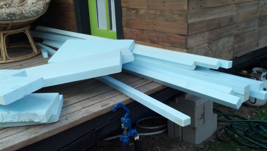 """It seems some of my insulation that I had found another home in the mean time and instead of buying more sheets I decided to use some of all those little 2"""" strips I had to cut off, it worked out pretty well actually :)"""