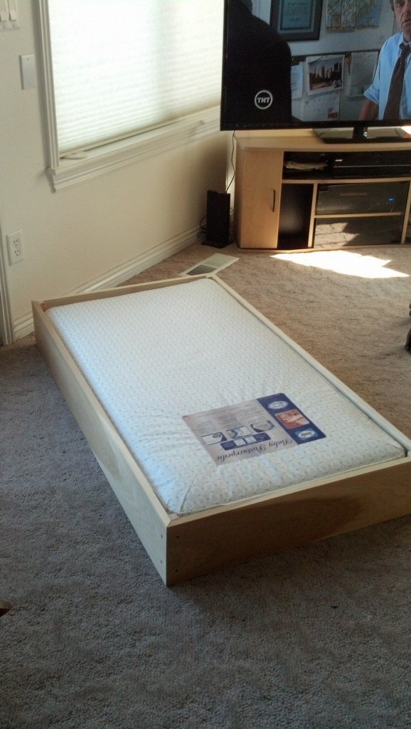 The moment of truth, hoping that I measured right and that the mattress actually fit, it was a success.