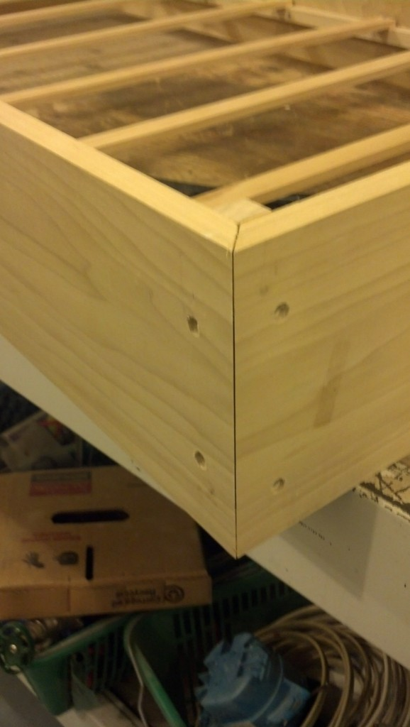 Some close ups of the recessed screws in the base
