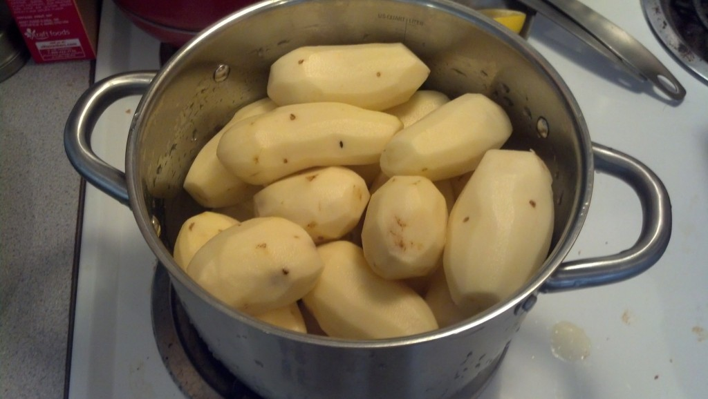 Next on the docket, mashed potatoes!  a favorite of mine!  I bought a 10 pound bag and peeled as many as I could fit into the pot, it was about 7 pounds...