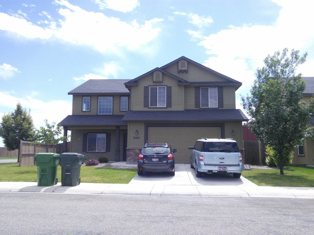 And just for giggles, this is my old house... 2,700 s.f. of financial burden and empty rooms!